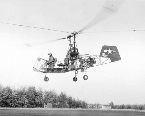 The Kaman K-225 helicopter in flight.