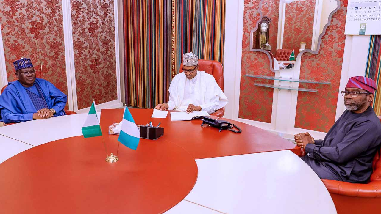 President Buhari met with Senate President Ahmad Lawan and Speaker House of Representatives Femi Gbajabiamila this afternoon at the State House.Photos:Twitter