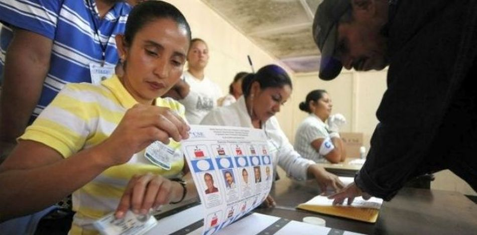 espite low participation, officials said there was 70 percent turnout. (Trinchera de la Noticia)