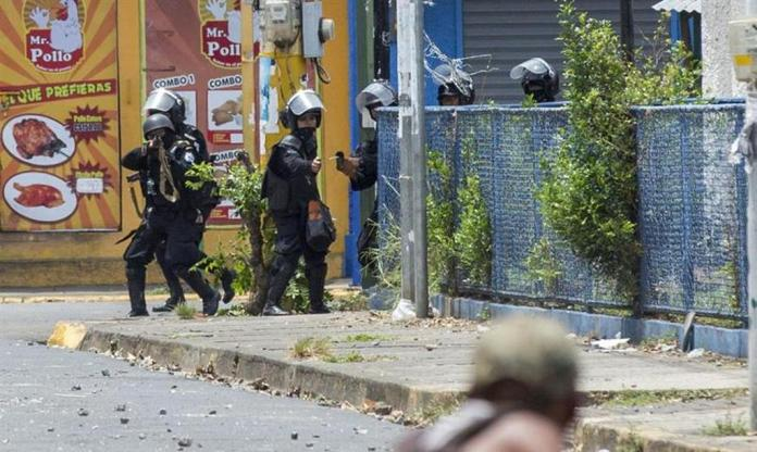 Clashes in Masaya Leave One Dead and Fire in The Municipal Market