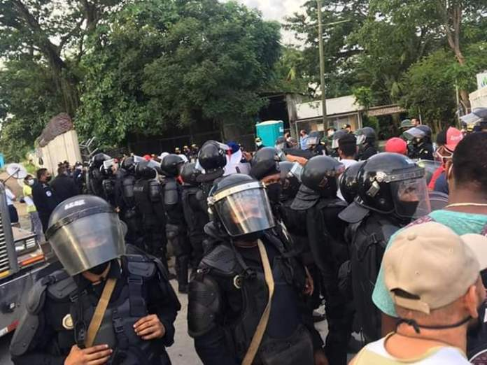 Nicaragua Sent Riot Police to the Costa Rican Border