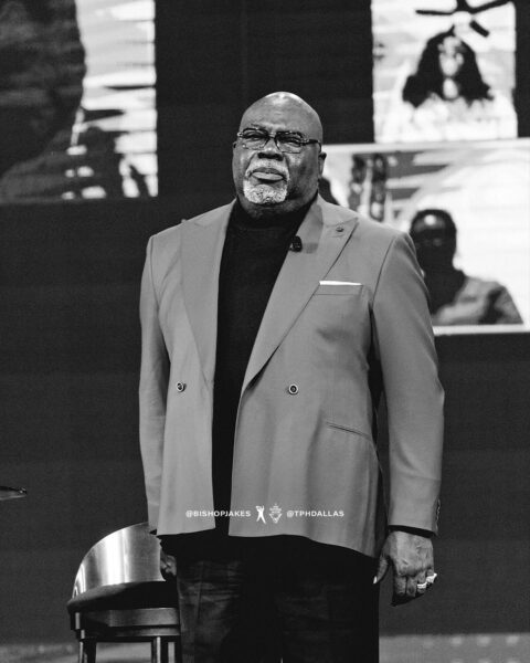 Book: Experiencing Jesus (Six Pillars From Ephesians) - T.d. Jakes (Free Pdf Download)