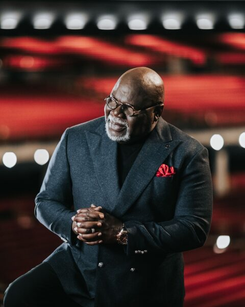 Book: He-Motions Even Strong Men Struggles - T. D. Jakes (Free Pdf Download)