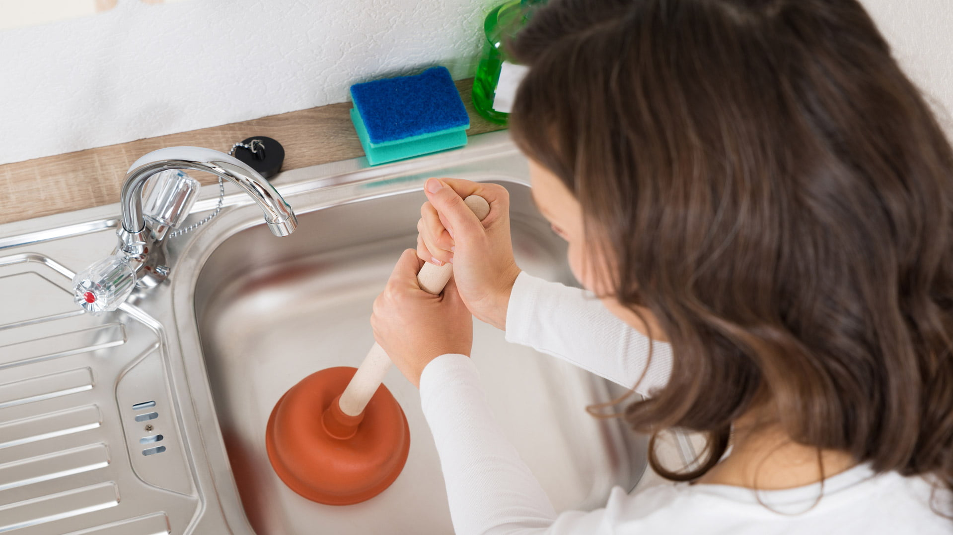 how to unclog a sink in your bathroom or kitchen