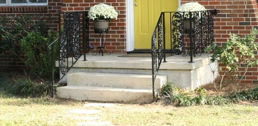 How To Repair And Paint Metal Wrought Iron Handrails Today S | Wrought Iron Handrail For Steps | Aluminum | Simple | Front Door Step | Forged Iron | Custom