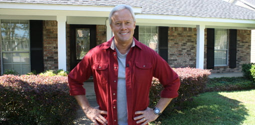 Danny Lipford in front of homeowner's house