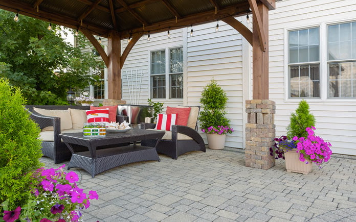 how to clean outdoor patio and deck