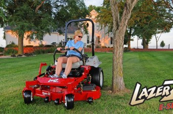 What Zero-Turn Riding Mower Brands Do Contractors Like 1