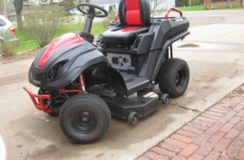 2014 Raven MPV-7100 Hybrid Mower Review - Are You Ready For A Change? 15