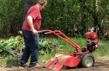 Did You Know Troy-Bilt Still Makes The Rototiller That Made Them Famous 9