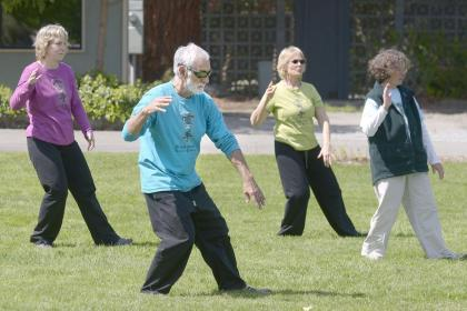 Tai-chi Practice Can Help Shed Belly Fat. 10 Moves to Practice