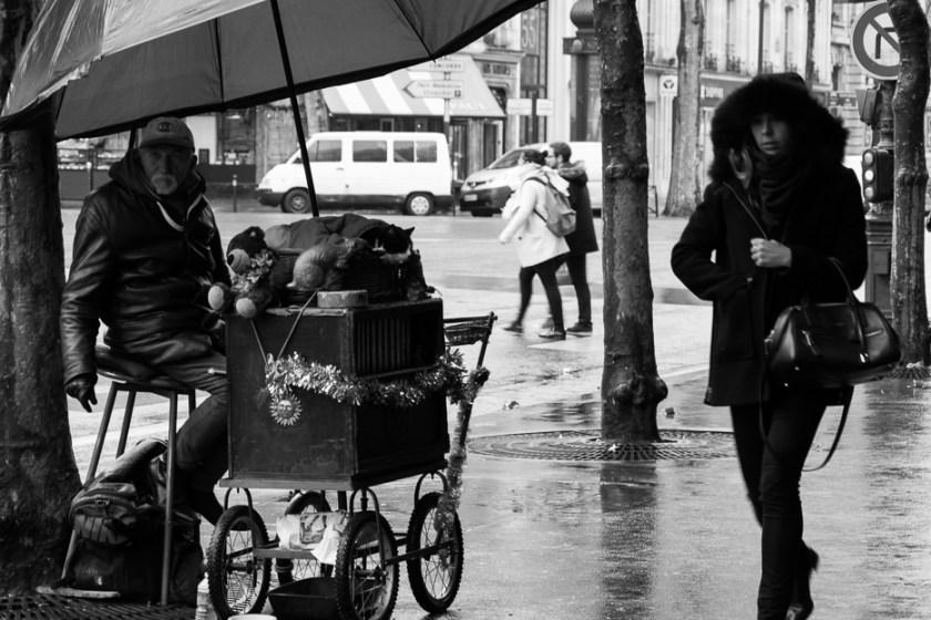 black and white street photography paris
