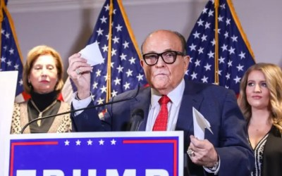 Giuliani offers explanation of legal team statement on Sidney Powell