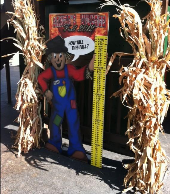 Santa's Village AZoosment Park - scarecrow - Toddling Around Chicagoland