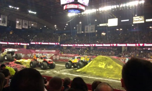 Monster Jam 3 - Toddling Around Chicagoland