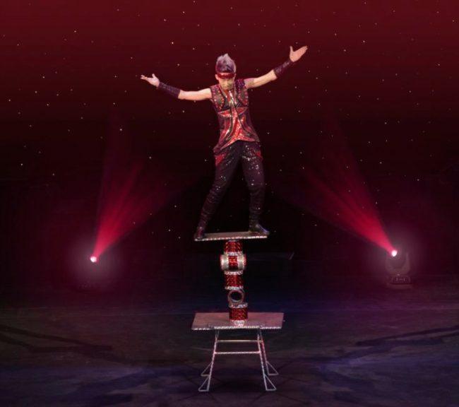Cirque Shanghai Rolla Bolla