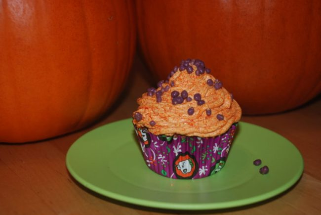 Spooky Halloween Fun with Tombstone & Nestle - Toddling Around Chicagoland #cbias #TrickURTreat #shop