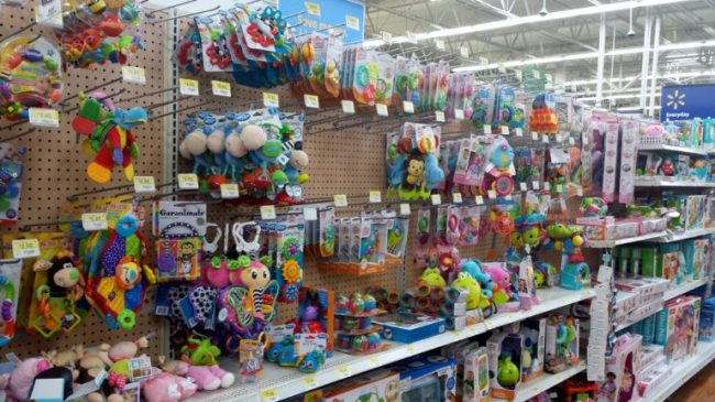 Parenting Made Affordable with Parent's Choice Diapers - Toddling Around Chicagoland - baby toys #BabyDiapersSavings #CollectiveBias #shop