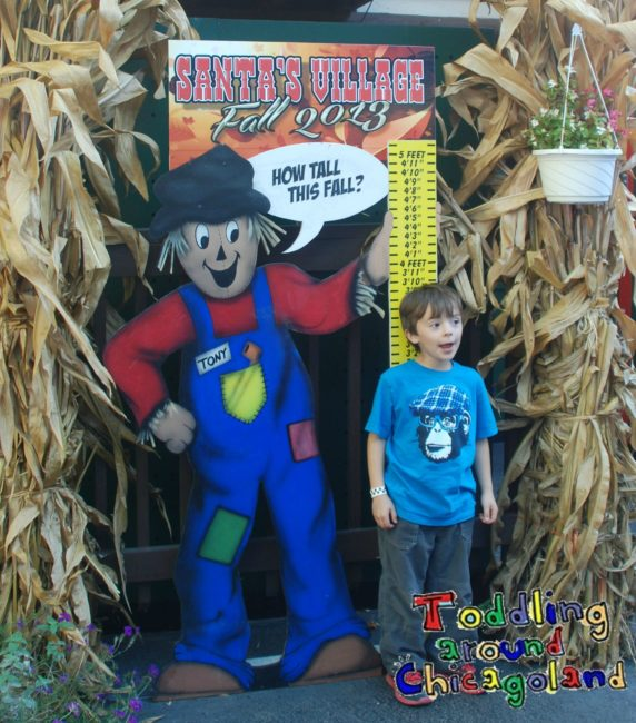 Santa's Village Costume Contest and Trick-or-Treating 2014 - Toddling Around Chicagoland