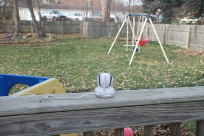 Motorola Baby Monitor Review - Toddling Around Chicagoland #spon #CleverGirls #MotorolaBabyMonitor