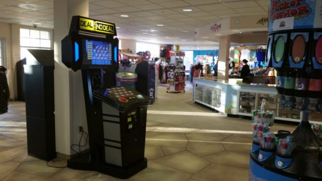 Blue Harbor Resort - arcade 2