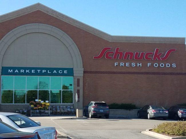 exterior of Schnucks store