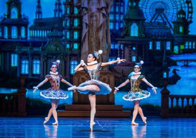 Ballerinas in The Nutcracker