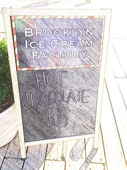 Brooklyn Ice Cream Factory, DUMBO Brooklyn Bridge - New York - High Line
