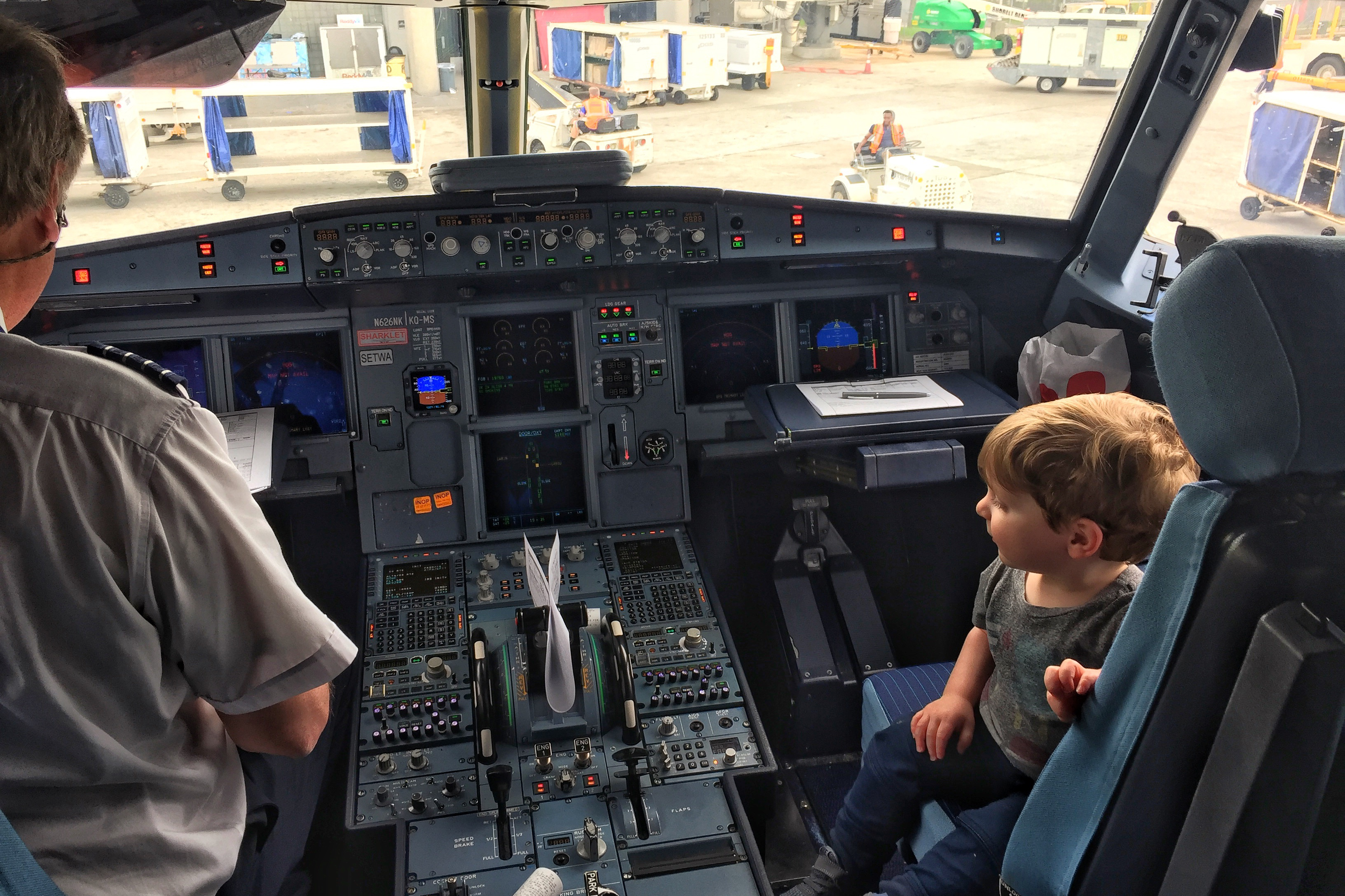 flying with a toddler cockpit