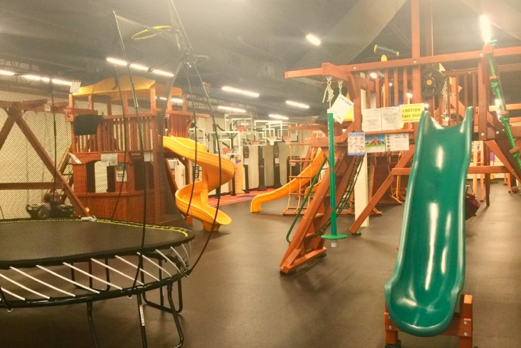 Indoor play place Pittsburgh playground world