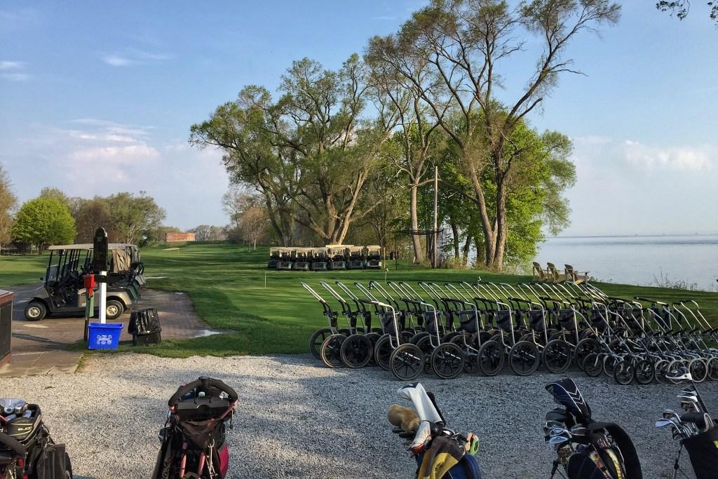 Niagara on the Lake golf course Toddling Traveler