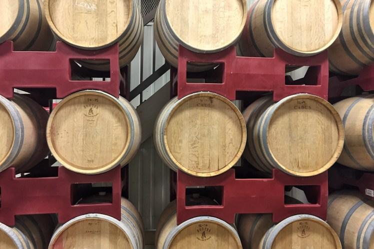 wine barrels niagara wine region