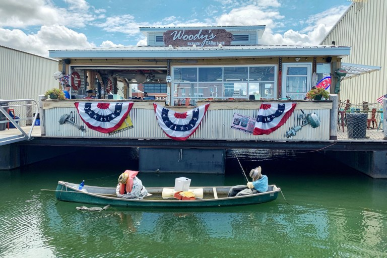 Woody's Backwater BARge & Grill Kid-Friendly Restaurants in Erie Weekend Trip with Kids Toddling Traveler