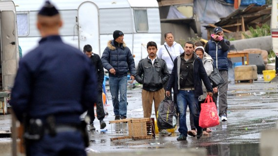 france-roma-immigration-criticism-comments.si