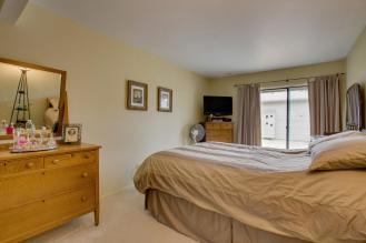 783 Skynob Ann Arbor MI 48105 013-Bedroom