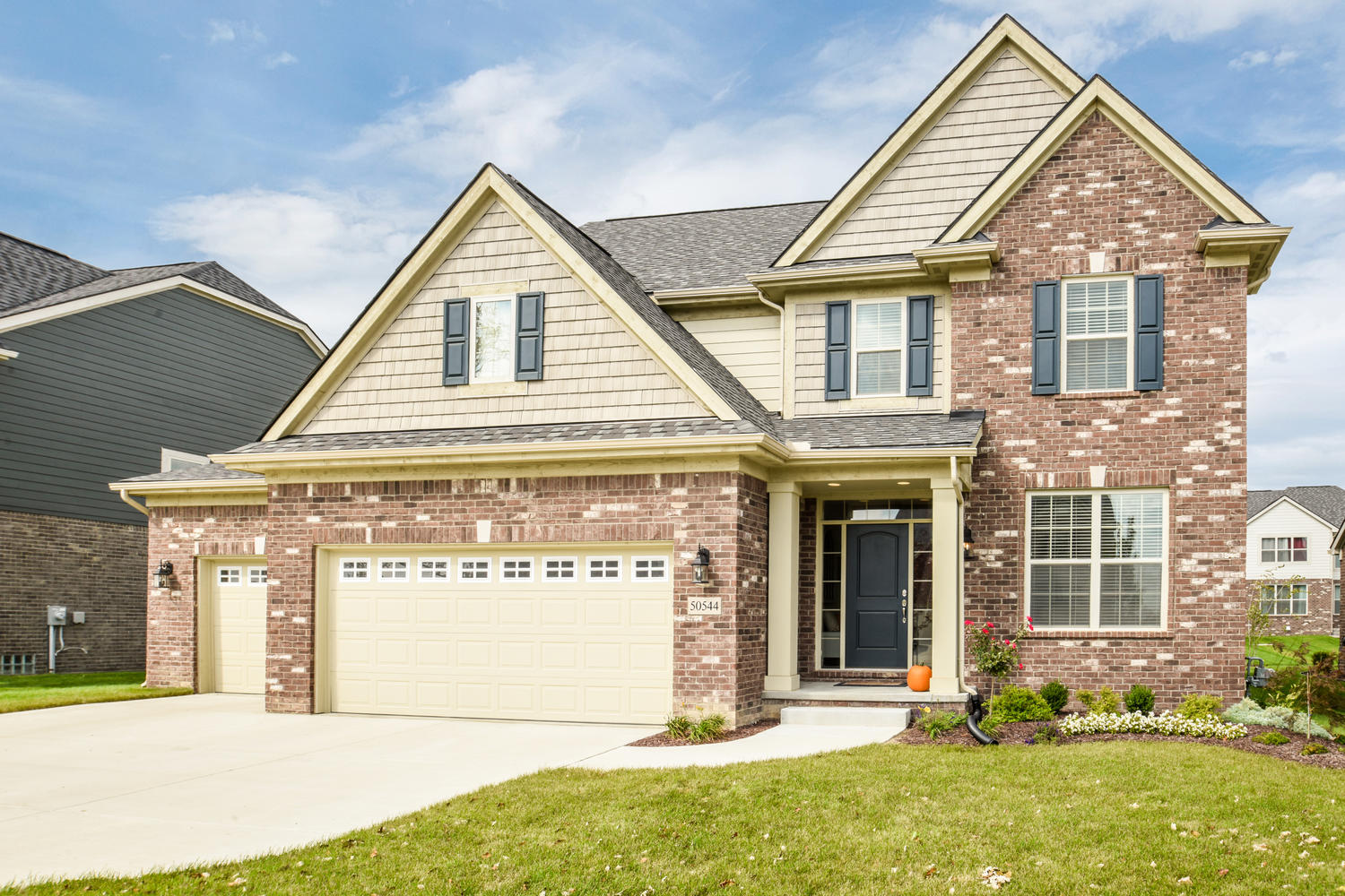 50544 Woodford Dr, Canton, MI | Manors at the Hamlet
