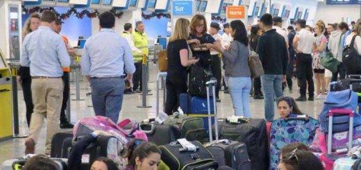 Huelga de pilotos en aeroparque causa demoras en vuelos