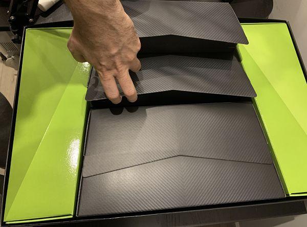 Caja del LEGO Lamborghini Sian 42115