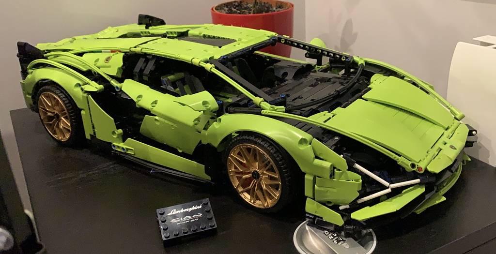 LEGO Lamborghini Sian montado y terminado