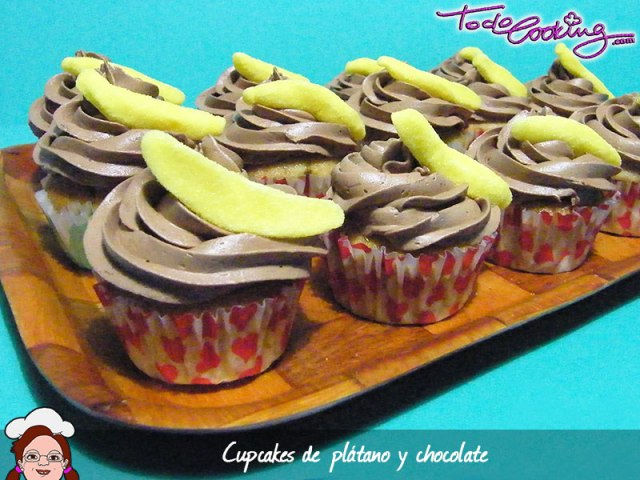 Cupcakes de plátano y chocolate