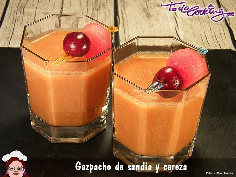 Gazpacho de sandia y cereza