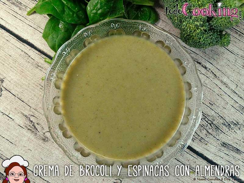 Crema-Brocoli-Espinacas-Almendras-01