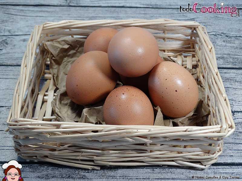 Cesta-Con-Huevos