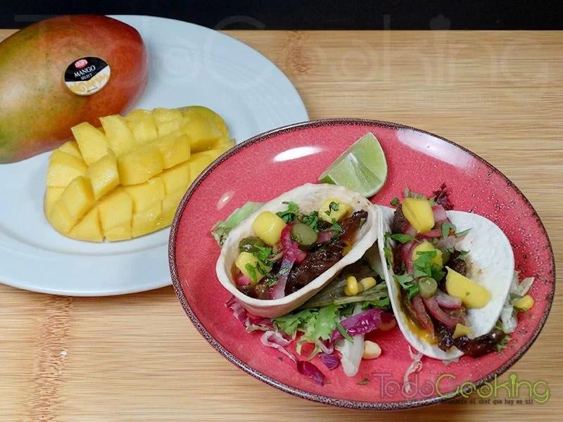 Tacos de pollo marinado con salsa de mango 03