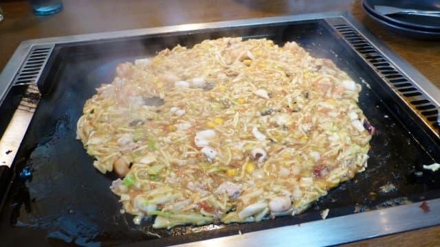 okonomiyaki estilo monjayaki