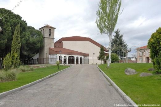 Foto Iglesia de San Pedro Apostol de Aldea del Fresno 22