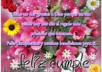 Tarjeta de feliz cumpleaños y bendiciones para ti con flores