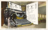 Giant_typewriter