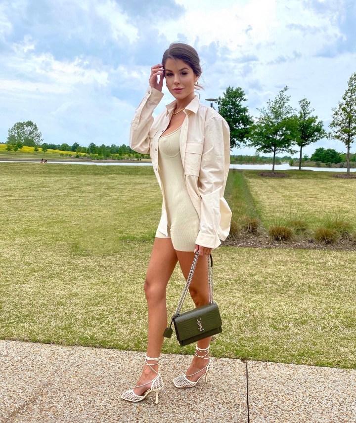 Walking in Memphis 🦋 Fwrd Style