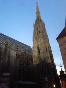 ウィーン早朝ランシュテファン大聖堂